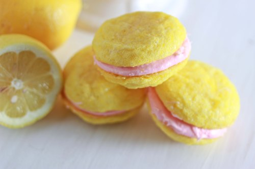 strawberry lemonade sandwich cookies 2