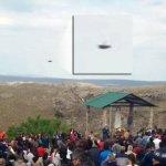 Argentina: OVNI / UFO é fotografado em San Luis, na festa de Nossa Senhora de Cobrera