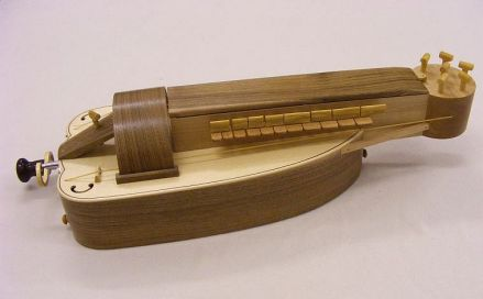 Walnut Bosch hurdy gurdy