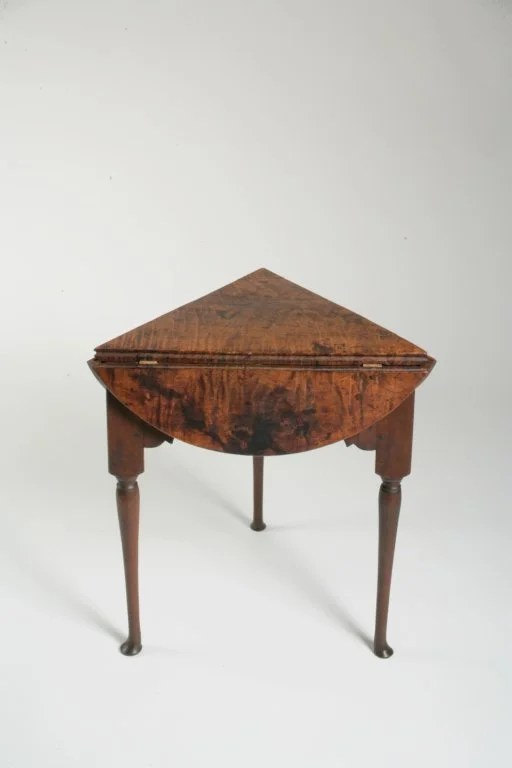 62: Queen Anne Tiger Maple Tri-Drop Leaf Table