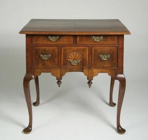 80: The Thomas Robinson Walnut Veneered Dressing Table