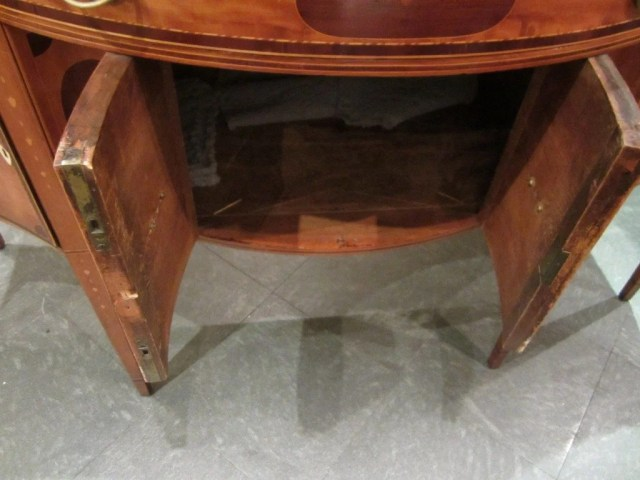 97: Federal Serpentine-Front Inlaid Sideboard