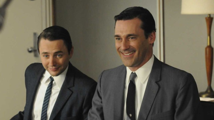Vincent Kartheiser og Jon Hamm i Mad Men S04. (Foto: Star Media Entertainment)
