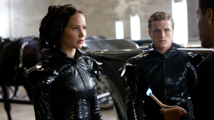 Jennifer Lawrence og Josh Hutcherson i The Hunger Games (Foto: Lionsgate).