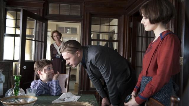 Darmody-familien, ikkje akkurat kjernefamilien på sitt beste (Foto: Warner Bros Home Entertainment).