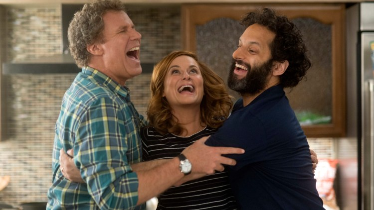 "Scott (Will Ferrell), Kate (Amy Poehler) og Frank (Jason Mantzoukas) starter et ulovlig kasino i i ""The House"". (Foto: SF Studios)"