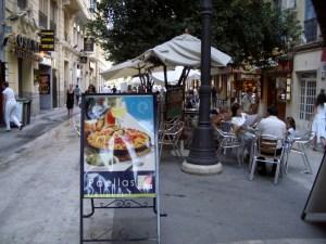 Aspecto de la céntrica calle Ribera en Valencia