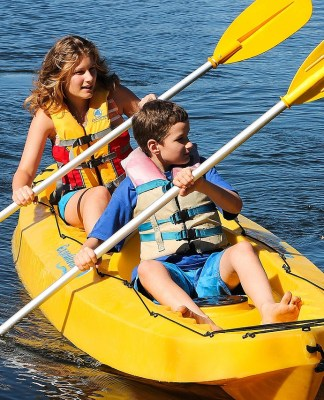 The essential list of kayak safety equipment