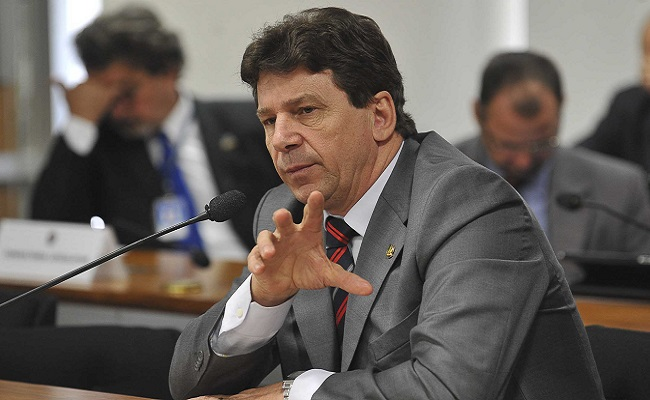 Brasília - O senador Ivo Cassol fala durante audiência Pública na Subcomissão Temporária do Senado que acompanha a execução das obras da usina de Belo Monte, da Comissão de Meio Ambiente, Defesa do Consumidor e Fiscalização e Controle (CMA), debaterá a importância da usina para o setor elétrico brasileiro