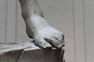 michelangelo-david_left-foot