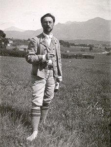Kandinsky in Murnau, 1909 Gabriele Münter and Johannes Eichner Stiftung,photo
