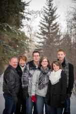 Woodland Family Photography, Winter Family Photography, Extended Family Photos, Calgary Family Photography, Cochrane Family Photographer