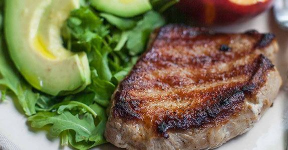 Grilled-Pork-Chops-and-Peaches