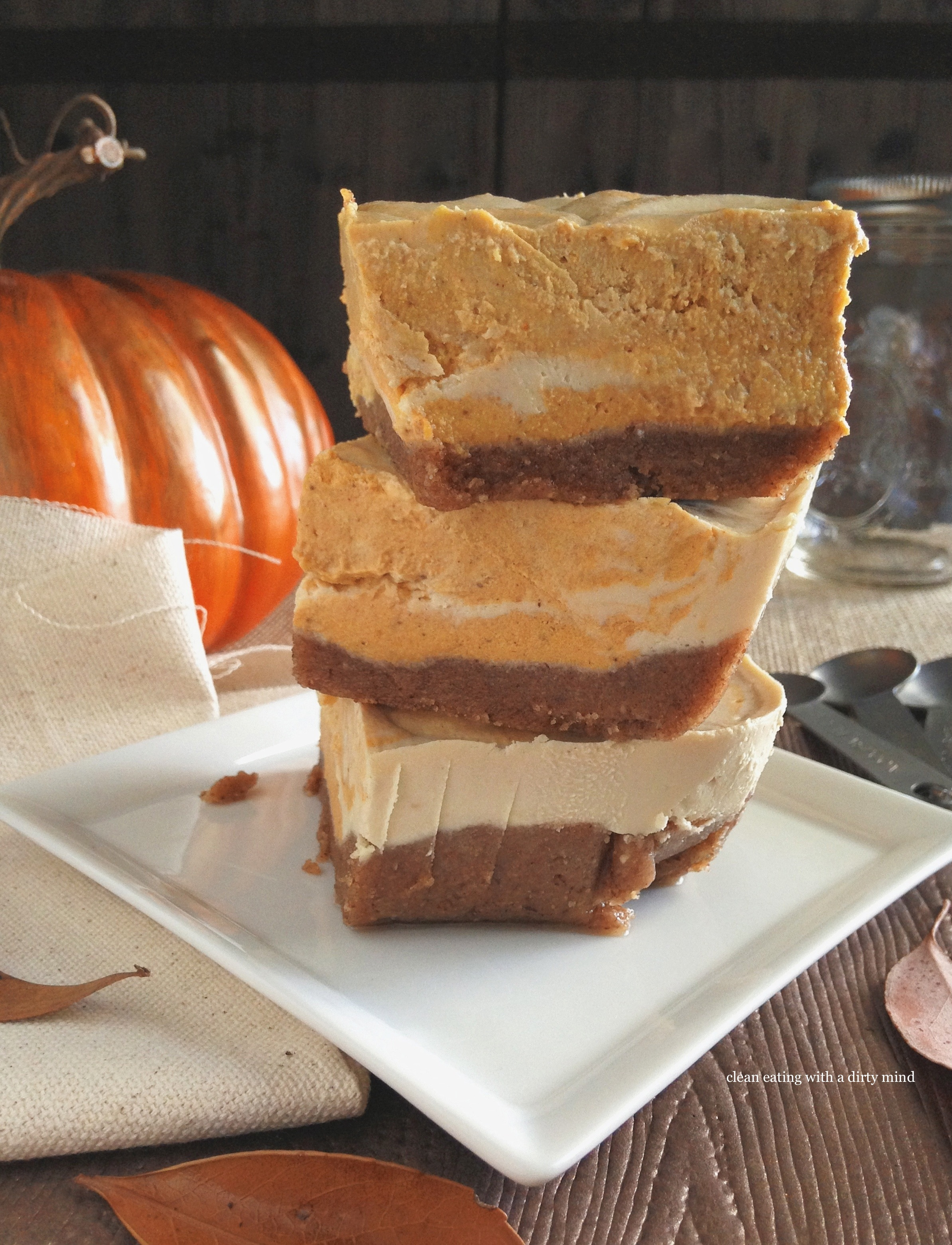 Impressive Home Sour Cream Pumpkin Swirl Cheesecake Taste Guest Vanessa From Clean Eating A Dirty Paleo Pumpkin Swirl Cheesecake nice food Pumpkin Swirl Cheesecake