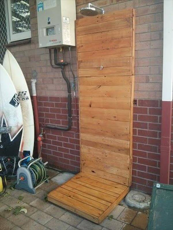 pallet outdoor shower