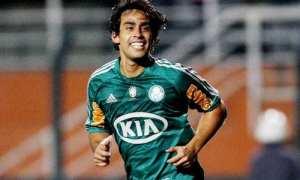 Palmeiras terá de pagar R$ 700 mil por mês para saldar custo de Valdivia