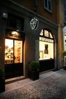 "Image {focus_keyword} Barbarella porta a Milano un atelier ""old style"" 37625 200911161794"