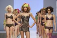 Image {focus_keyword} Grande affluenza a Parigi per lingerie e tessile 38142 201025112459