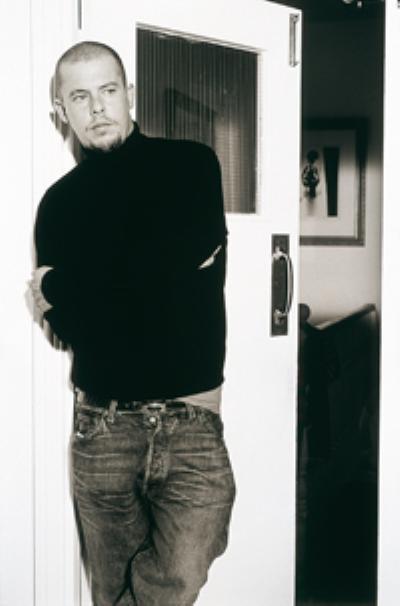 Image {focus_keyword} McQueen celebrato al Metropolitan Museum 39833 20101112153750