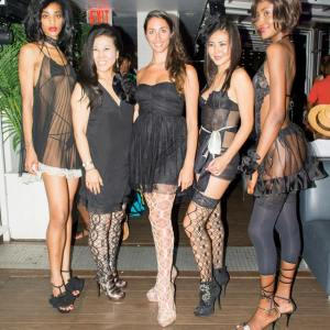 Fashion show for underwear and legwear GIGIK