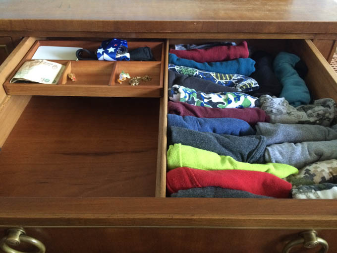 The pros-cons to the KonMari method with children-4