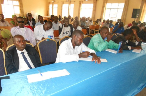 Abayoboke ba PSD i Rwamagana muri Kongere bakurikirana ibiganiro. (Photo/R.A)