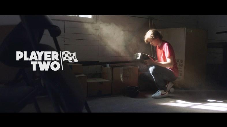 Jugant amb una ombra fantasma: Player Two