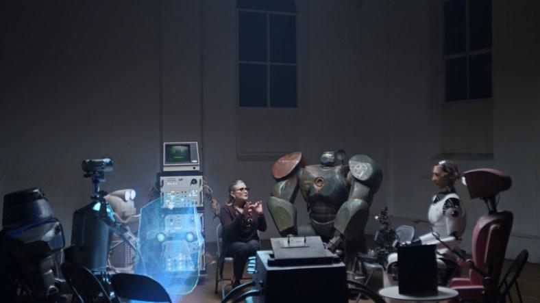 Sessió de teràpia amb robots: Copying with humans