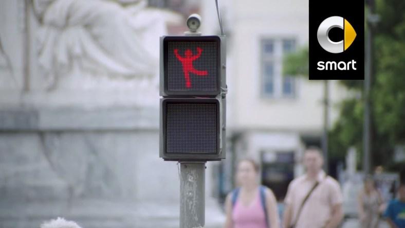 The Dancing Traffic Light