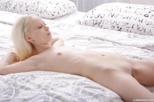 albino girl nipples