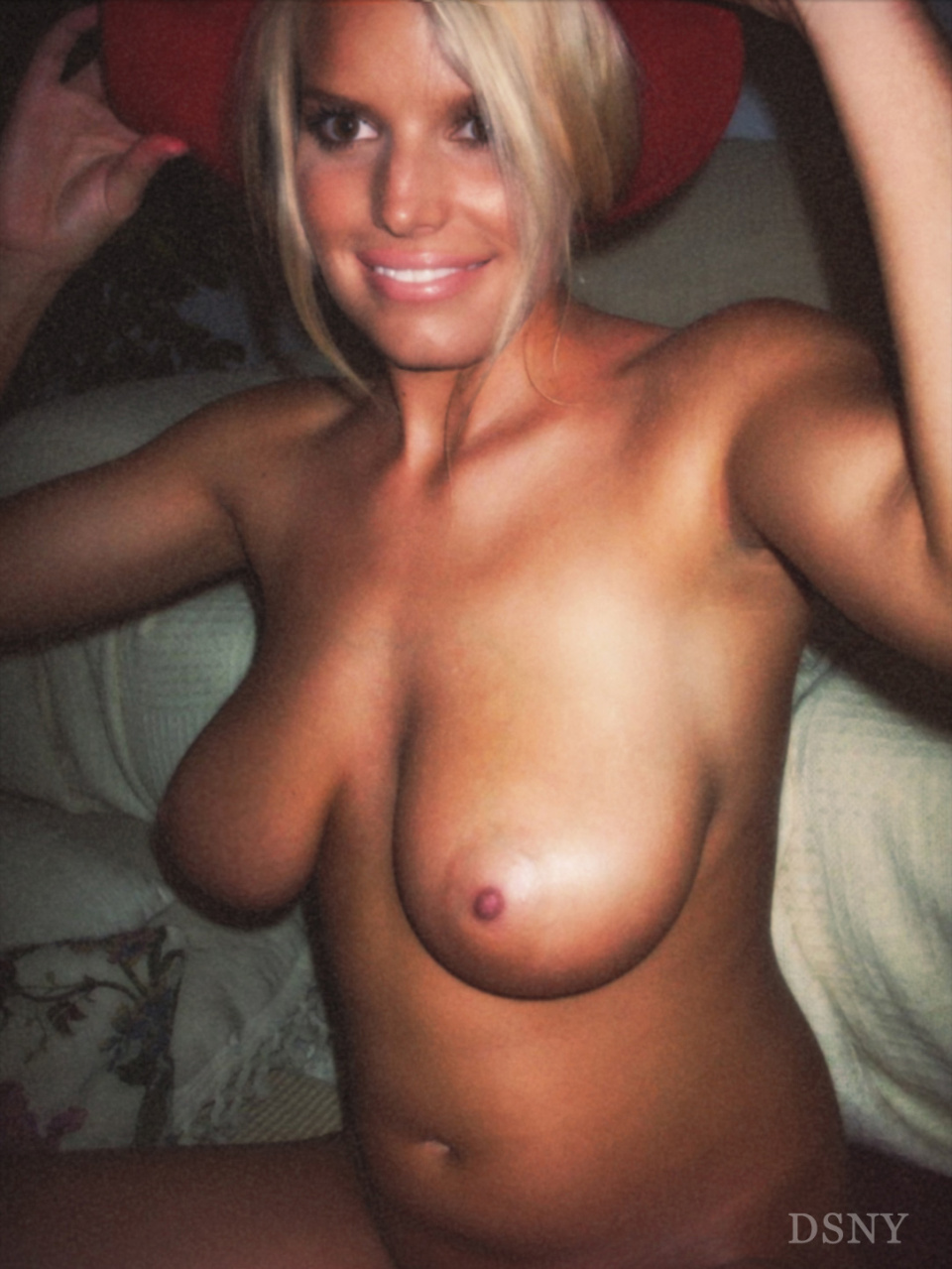 What shall Celebrity jessica simpson tits