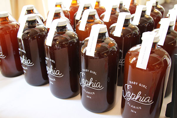 Custom Amber Bottle Apple Cider Favors | Little Korboose