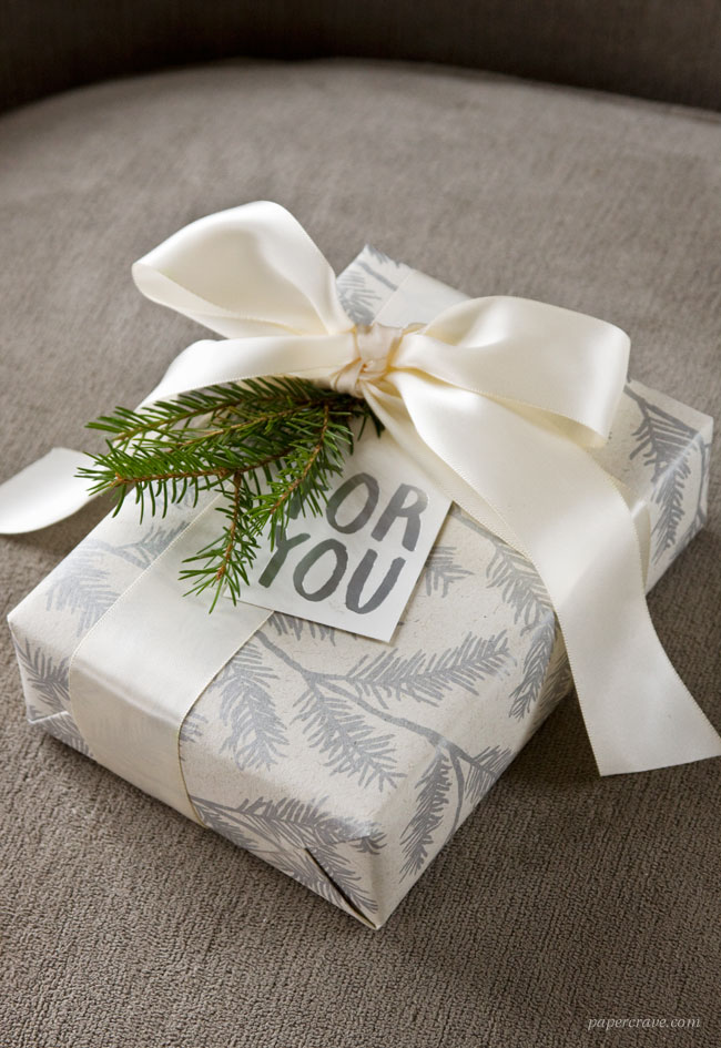 Rustic, Modern Holiday Gift Wrap Ideas
