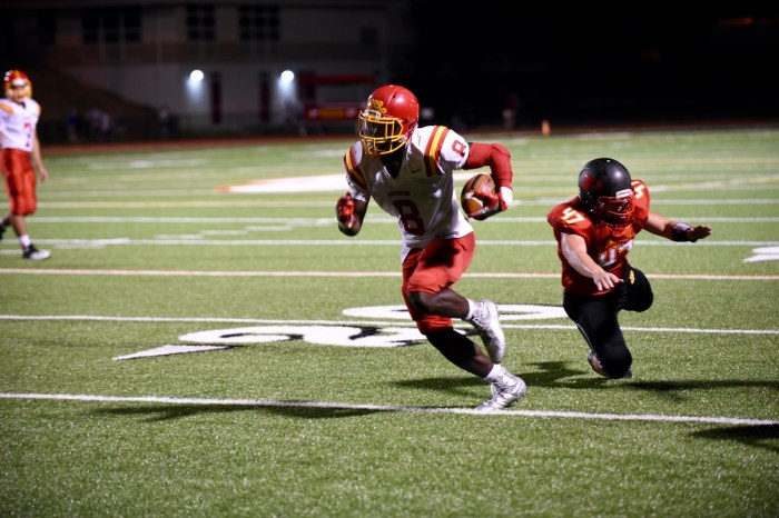 Haverford cruises on Mosley's career night