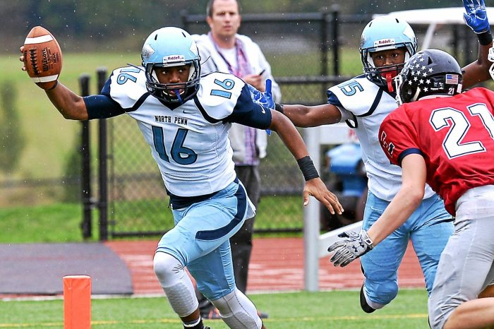 North Penn goes deep in win over CB East