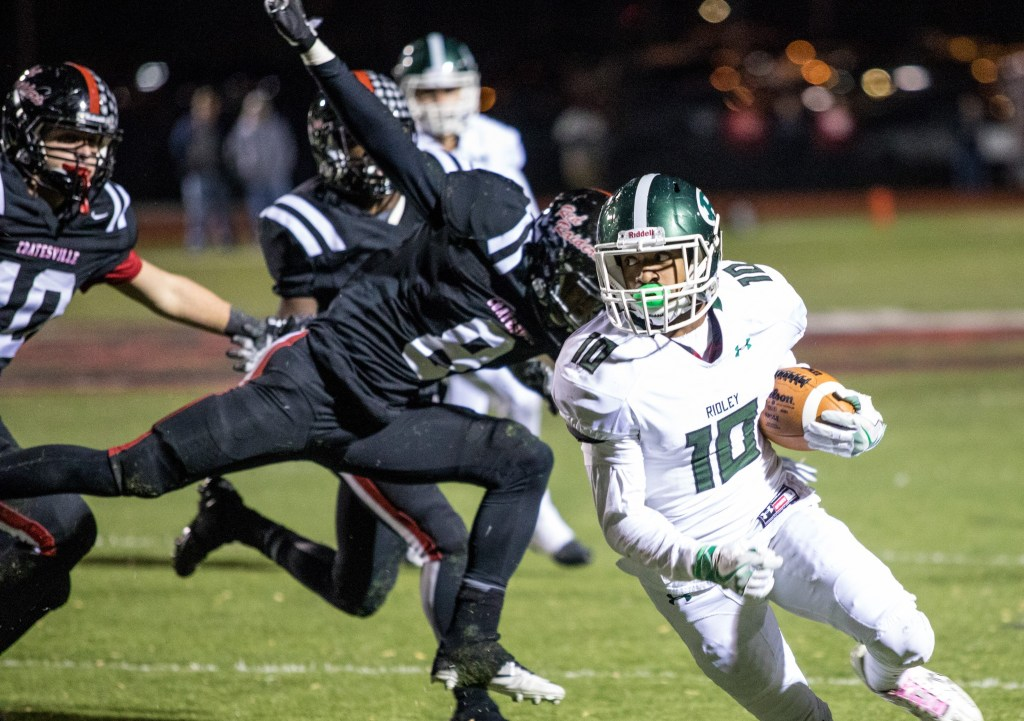 Malik Young of Ridley scores his second touchdown of the night (Nate Heckenberger - For Digital First Media).