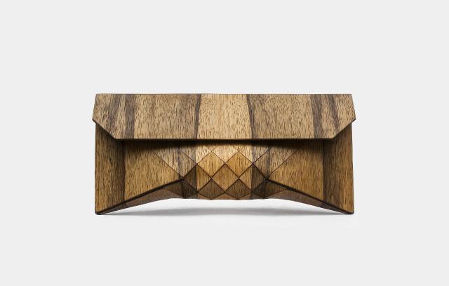 wood-clutch-komplett-aus-holz-3