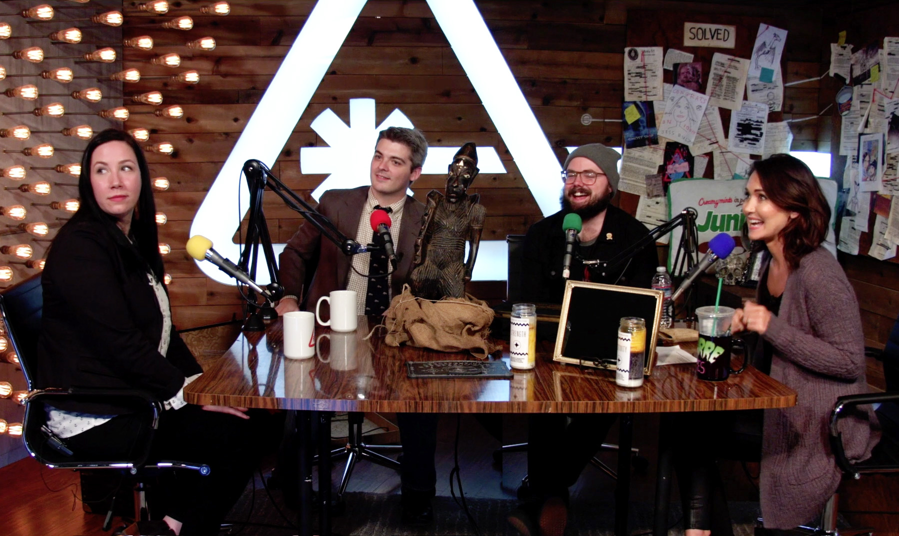 The Newkirks join Jessica Chobot and Andrew Bowser on Nerdist's Bizarre States