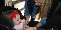 Longs trajets en voiture avec bébé : mon petit guide de survie !