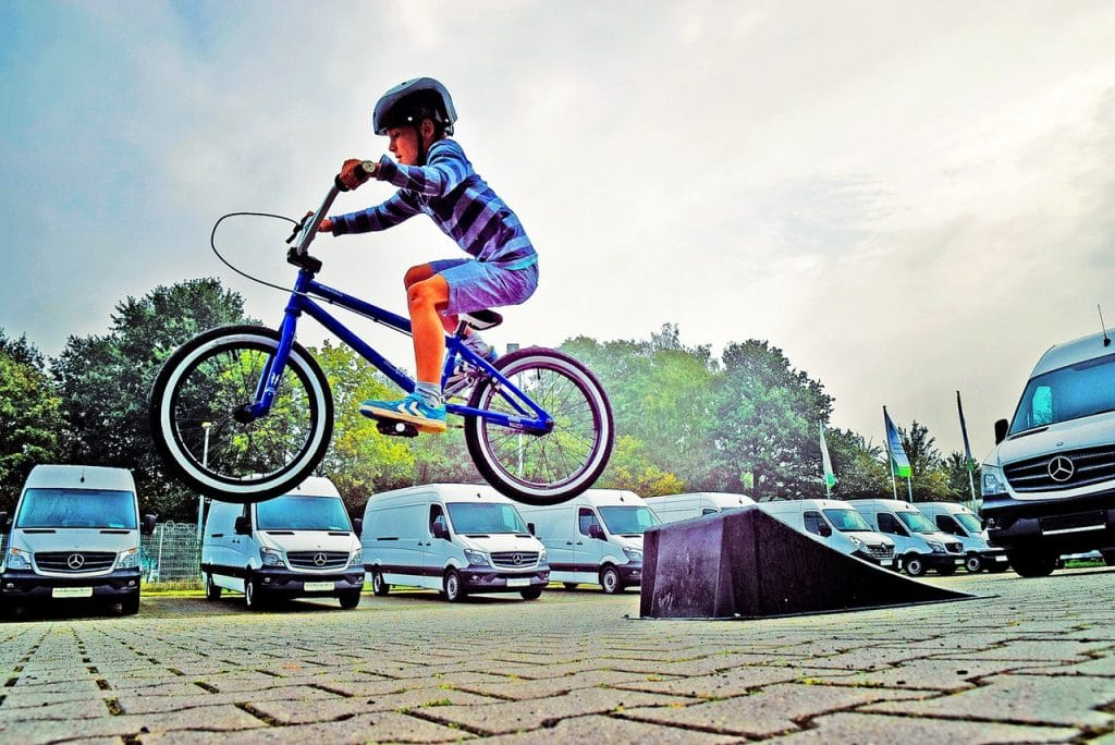 enfant préado vélo