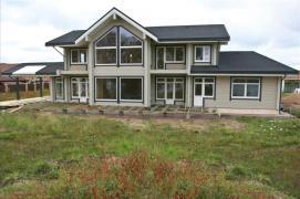 Деревянный дом площадью 320 метров