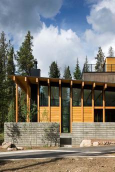 Деревянные конструкции в экстерьере
