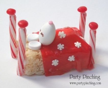 cute christmas mouse tutorial, rice krispie treat, christmas dessert ideas