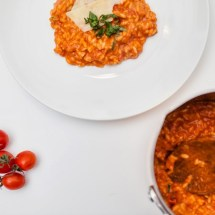 Passagem Gastronômica - Receita de Risoto de Tomate com Mussarela de Búfala e Manjericão