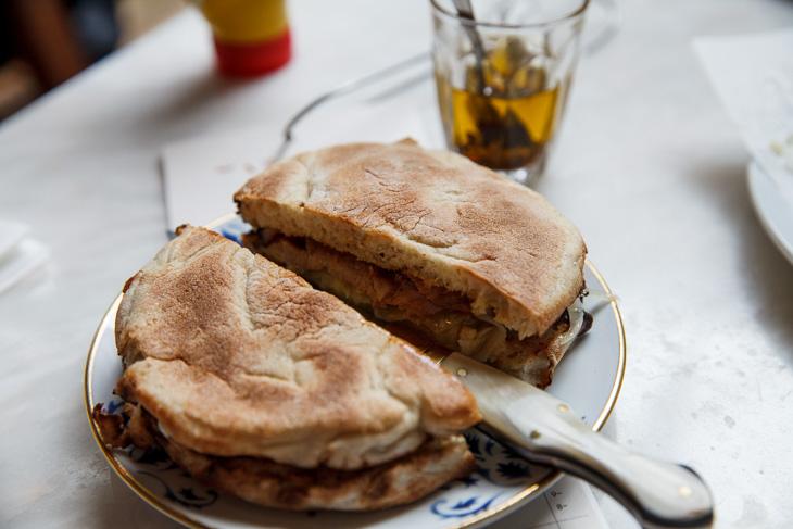Passagem Gastronômica - Bifana de Porco - Restaurante Taberna do Mercado - Londres