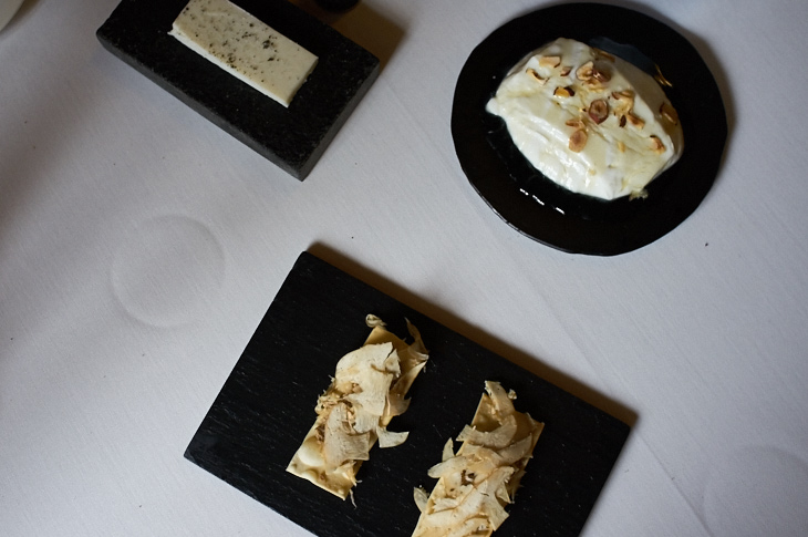 Passagem Gastronômica - Queijo de Cabra e Manteiga - Asador Etxebarri - San Sebastian