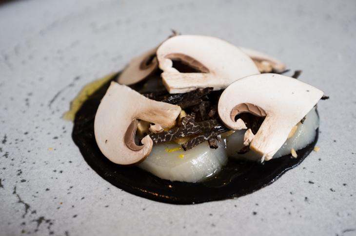 Passagem Gastronômica - Vieira com Trufas - Restaurante The Clove Club - Londres