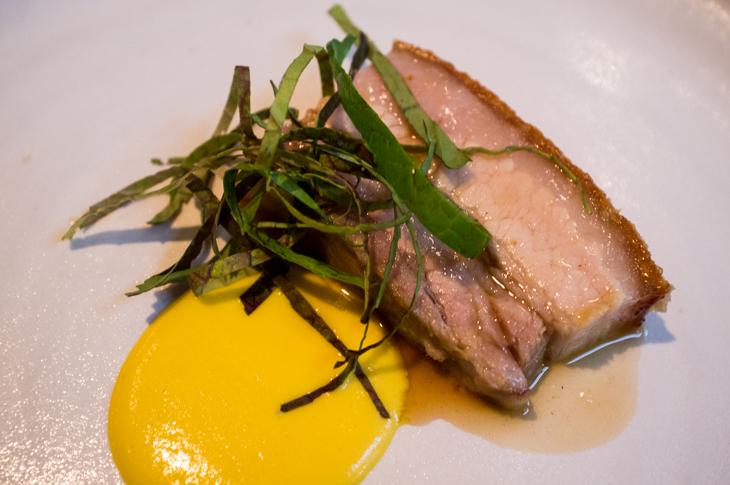 Passagem Gastronômica - Barriga de Porco - Restaurante The Clove Club - Londres