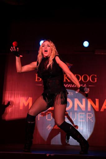 Picture 086_Madonna_Black Dog