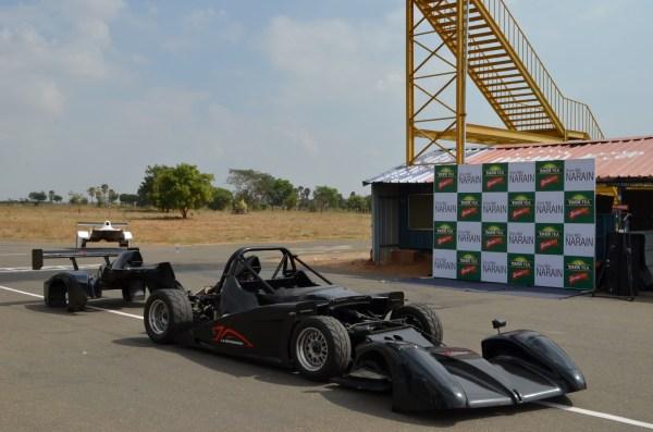 Driving with Narain Karthikeyan_inside a racing car!